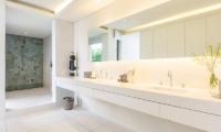 Villa Natha Bathroom | Choeng Mon, Koh Samui