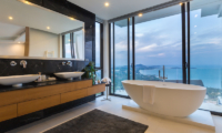 Villa Vista Azul Bathtub   Chaweng, Koh Samui