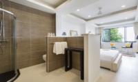 Villa Vista Azul Ensuite Bathroom   Chaweng, Koh Samui
