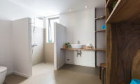 Villa Yao Noi Bathroom with Shower   Chaweng, Koh Samui