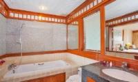 Villa Balie Bathtub Area | Patong, Phuket