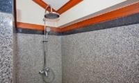 Villa Balie Shower | Patong, Phuket