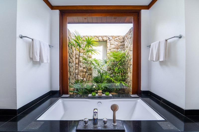 Villa Chada Bathtub   Kamala, Phuket