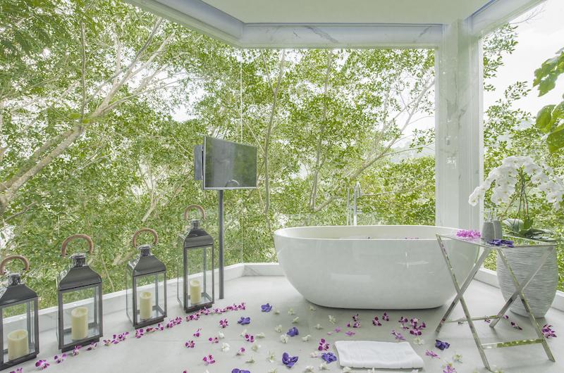 Villa Enjoy Bathtub Area | Patong, Phuket