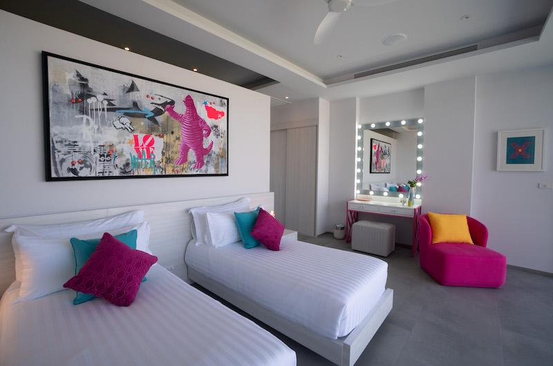 Villa Enjoy Twin Bedroom with Seating | Patong, Phuket