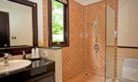 Villa Maan Tawan Bathroom | Layan, Phuket