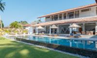 Villa Ahasa Pool Area with Lawn | Habaraduwa, Sri Lanka