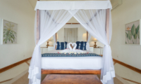 Villa Ahasa King Size Bed | Habaraduwa, Sri Lanka