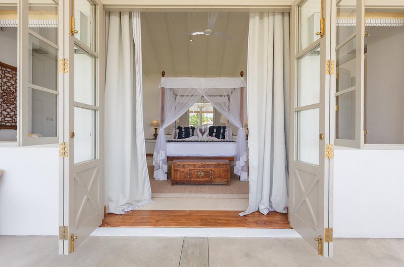 Villa Ahasa Bedroom Entrance | Habaraduwa, Sri Lanka