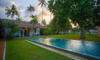 Villa Frangipani Tree Swimming Pool | Talpe, Sri Lanka