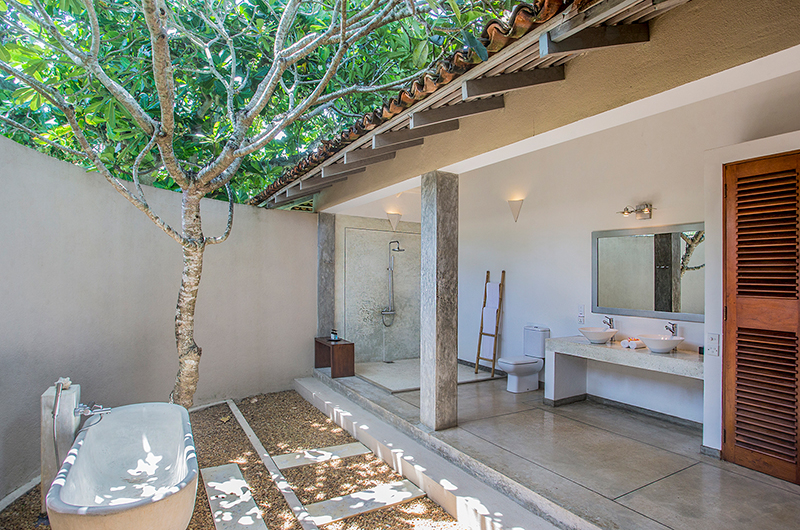 Villa Frangipani Tree Leatherback One Bathroom | Talpe, Sri Lanka
