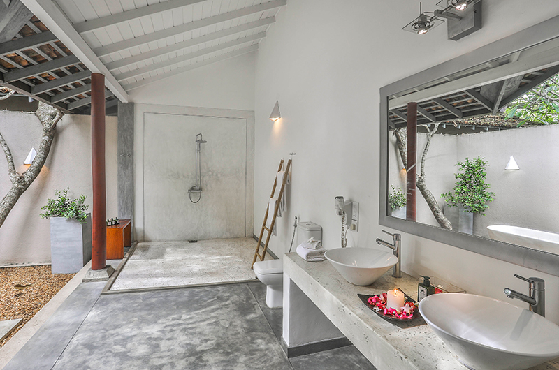 Villa Frangipani Tree Olive Ridley One Shower | Talpe, Sri Lanka