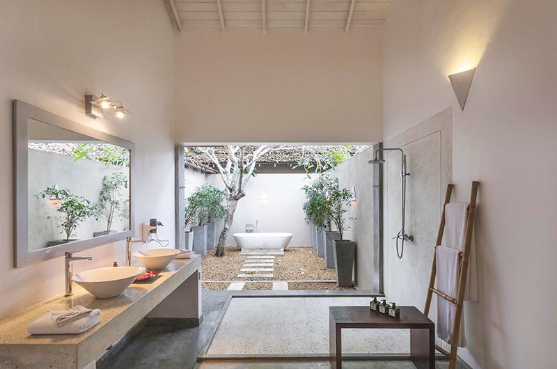 Villa Frangipani Tree Olive Ridley Two Bathroom | Talpe, Sri Lanka