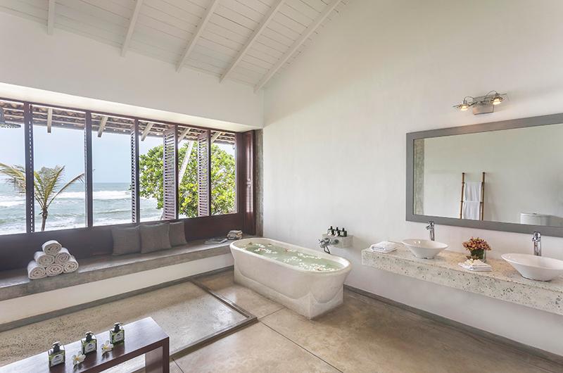 Villa Frangipani Tree Olive Ridley Upper One Bathroom | Talpe, Sri Lanka