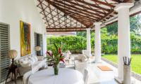 Villa Mawella Seating Area and Lawn | Tangalle, Sri Lanka