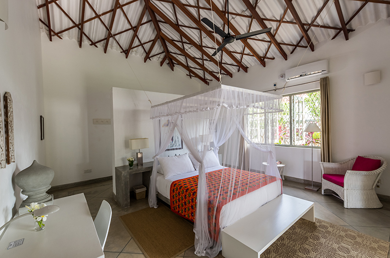 Villa Mawella Bedroom with Canopy Bed and Study | Tangalle, Sri Lanka
