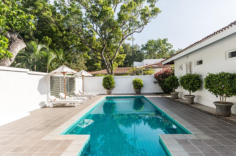 Villa Mawella Pool Area with Sun Loungers | Tangalle, Sri Lanka