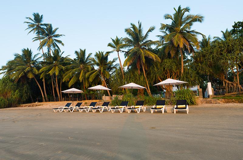 Villa Mawella Beach with Sun Loungers | Tangalle, Sri Lanka