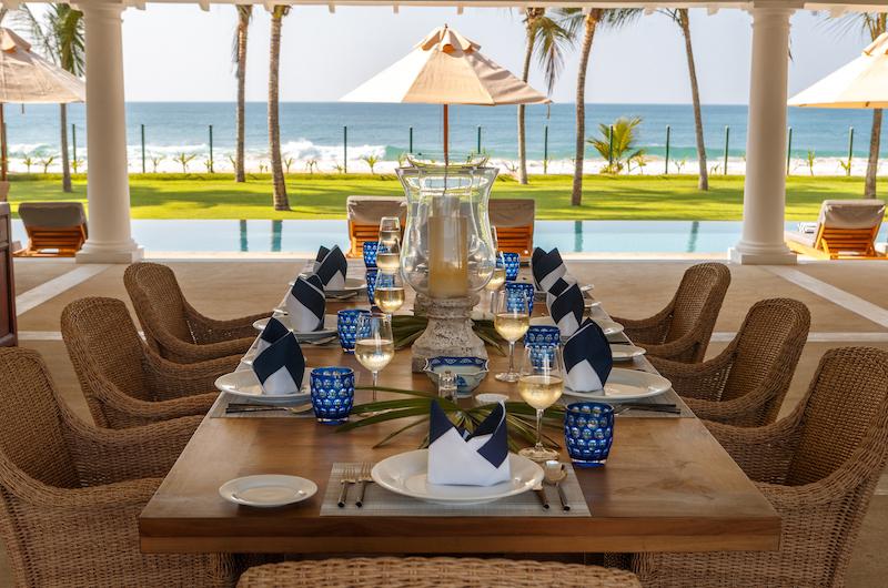 Villa Sulanga Dining Table   Habaraduwa, Sri Lanka