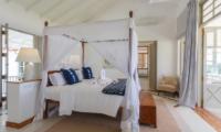 Villa Sulanga Spacious Bedroom   Habaraduwa, Sri Lanka