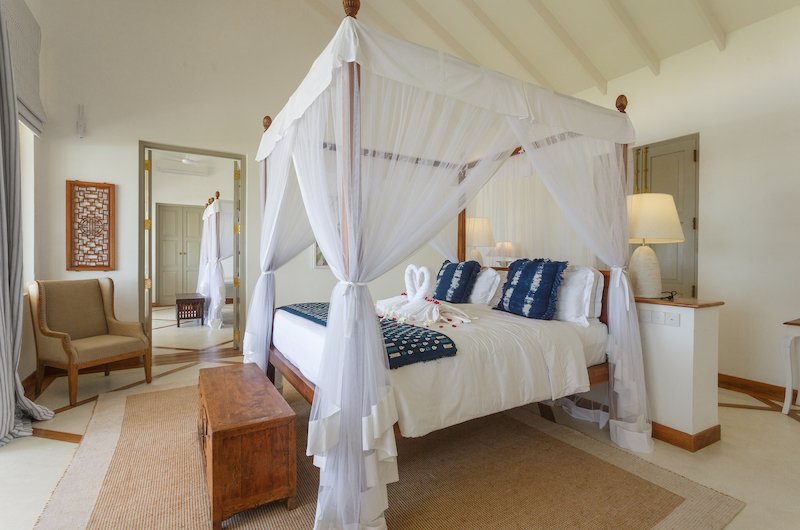 Villa Sulanga Guest Bedroom with Seating   Habaraduwa, Sri Lanka