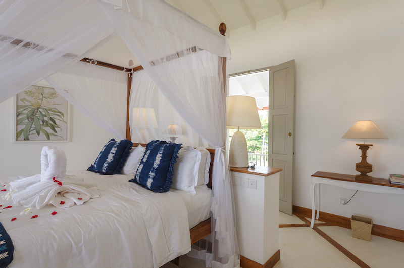 Villa Sulanga Bedroom with Four Poster Bed   Habaraduwa, Sri Lanka