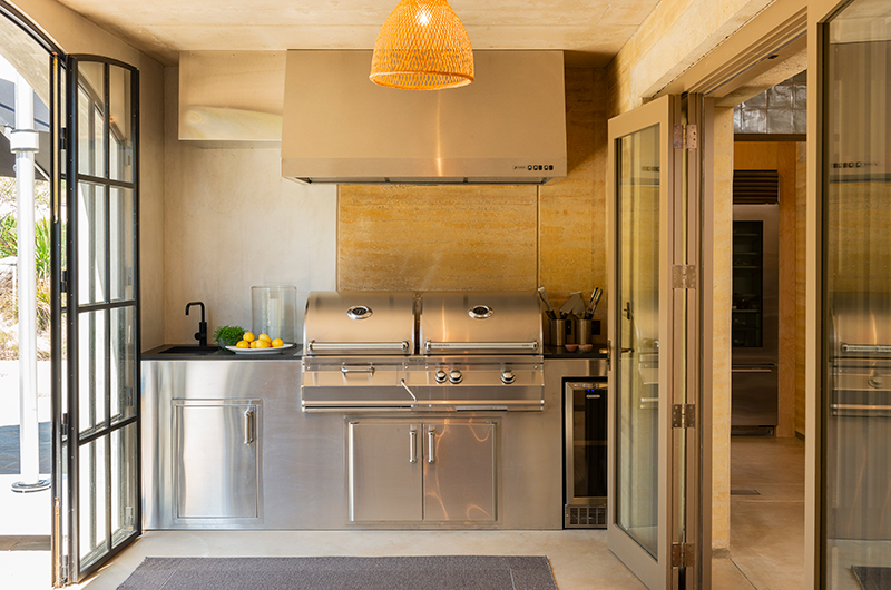 Muriwai Estate Fully Equipped Kitchen | Muriwai, Auckland