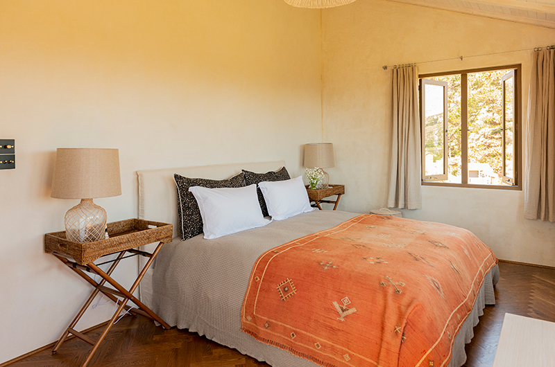 Muriwai Estate Spacious Guest Bedroom | Muriwai, Auckland