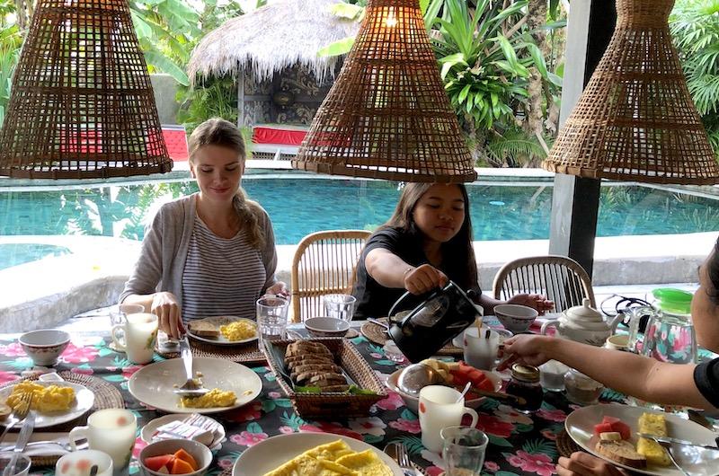 Bali Seminyak Garden House Breakfast
