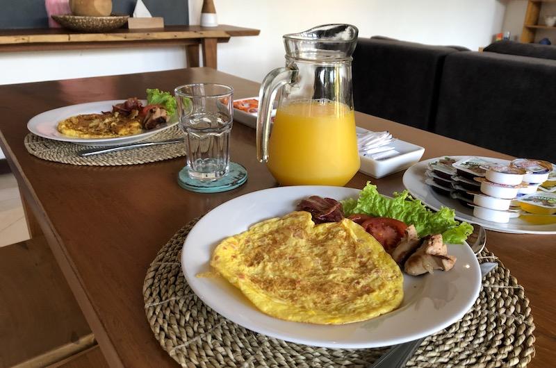 Bali Seminyak Umah Kupu Kupu Breakfast