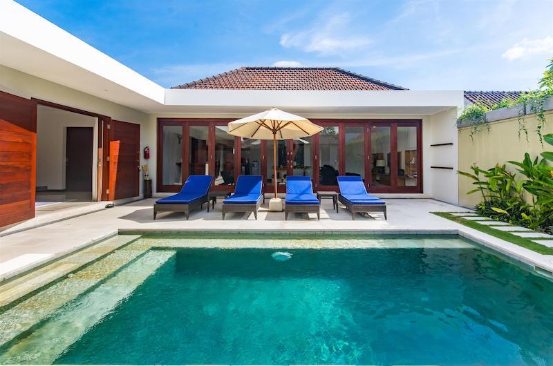 Bali Seminyak Umah Kupu Kupu Poolside
