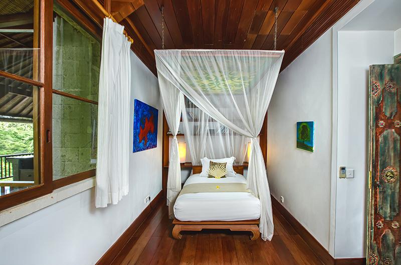 Villa Bukit Naga Bedroom with Single Bed | Gianyar, Bali