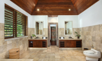 Villa Bukit Naga Bathroom Full View | Gianyar, Bali