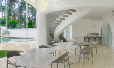 Villa Cloud Dining Area with Pool View | Tabanan, Bali