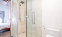 Villa Doretanh En-suite Bathroom | Ungasan, Bali