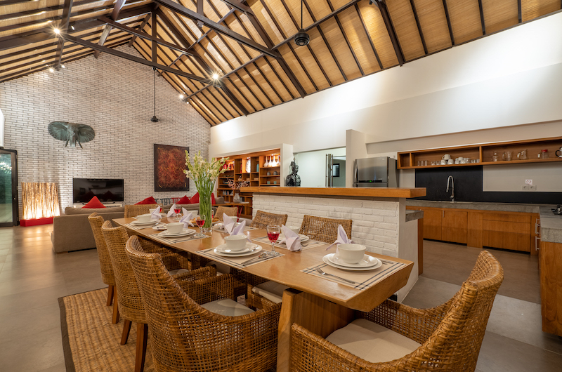 Villa Doretanh Living and Dining Area with Open Plan Kitchen | Ungasan, Bali