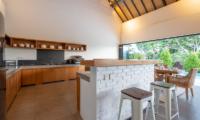 Villa Doretanh Kitchen with Pool View | Ungasan, Bali