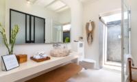 Villa Karein Bathroom One   Seseh, Bali