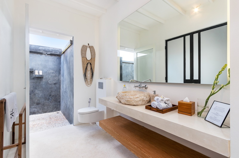 Villa Karein Bathroom Area   Seseh, Bali
