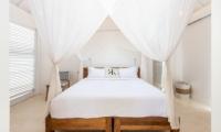 Villa Karein Double Bedroom   Seseh, Bali