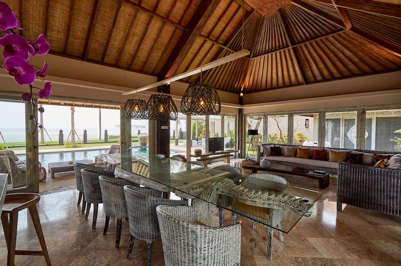 Villa Sunrise Dining and Living Area | Gianyar, Bali