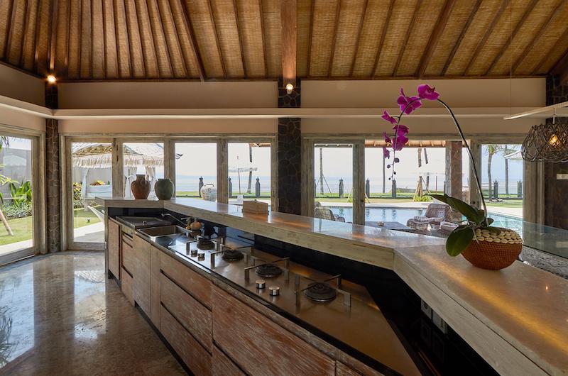 Villa Sunrise Kitchen Counter | Gianyar, Bali