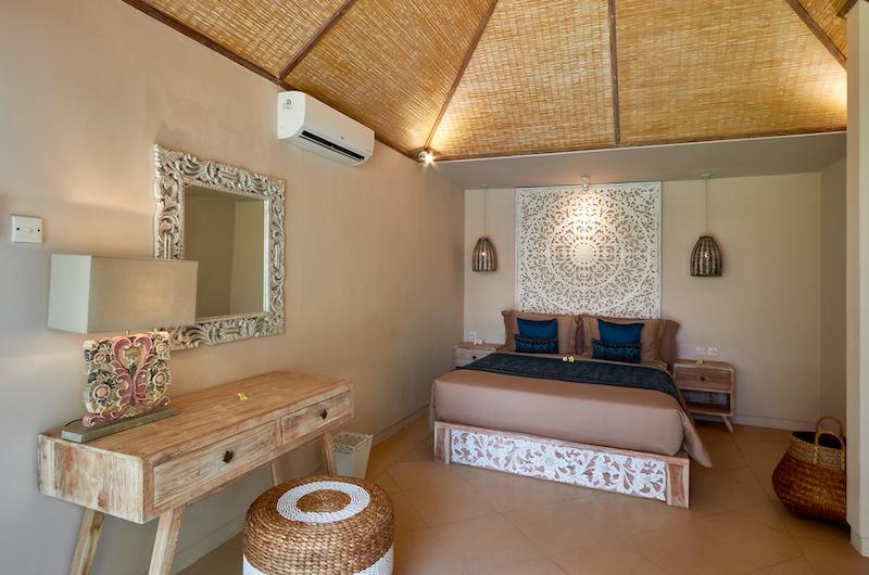Villa Sunrise Bedroom with Dressing Table | Gianyar, Bali