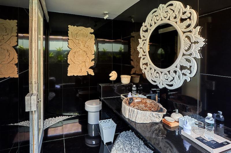 Villa Sunrise Decorative Bathroom Mirror and Counter | Gianyar, Bali