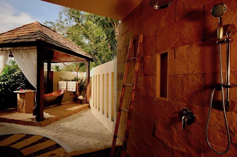 Tamarind Villas Exclusive Villa Outdoor Bathtub | Pattaya, Chonburi
