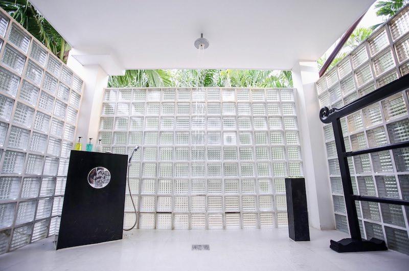Tamarind Villas Exclusive Villa Shower Room | Pattaya, Chonburi