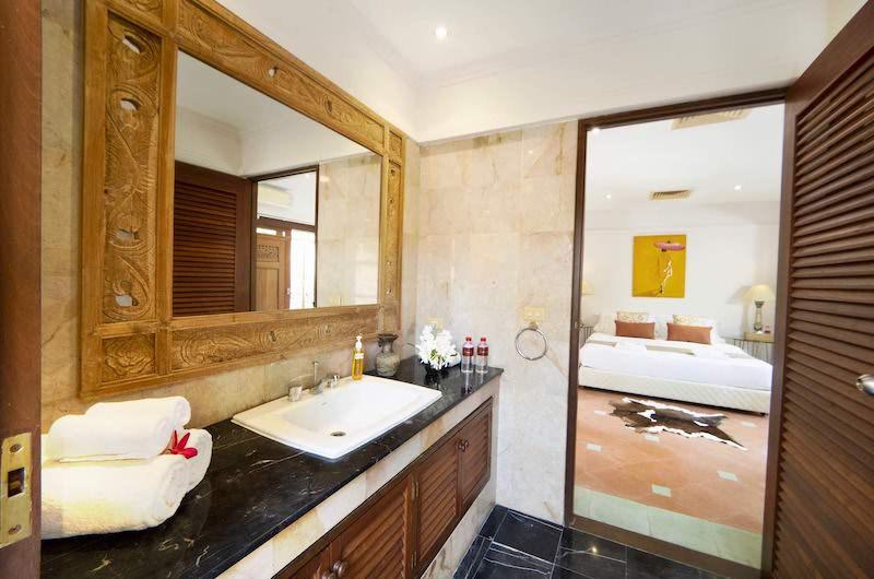 Tamarind Villas Orchid Villa Bathroom One Area | Pattaya, Chonburi