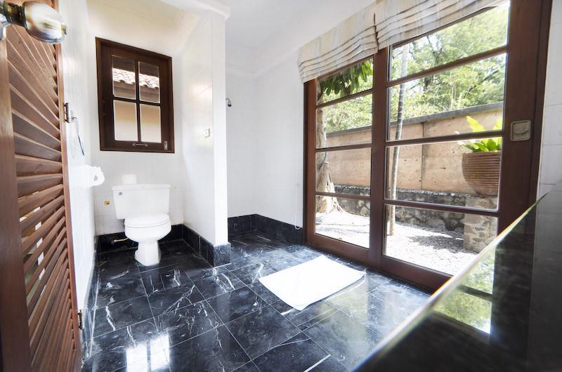 Tamarind Villas Orchid Villa Bathroom | Pattaya, Chonburi