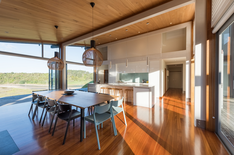 Otaha Beachfront Lodge Dining Table | Bay of Islands, Northland