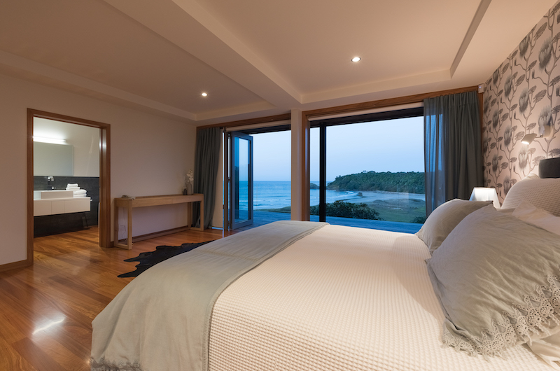 Otaha Beachfront Lodge Guest Bedroom | Bay of Islands, Northland